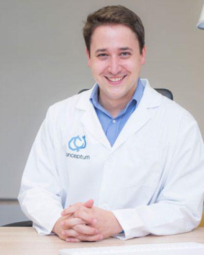 Dr. Albert Guaque Rus
