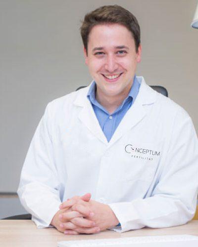 Dr-Albert-Guaque-Ginecologo-conceptum